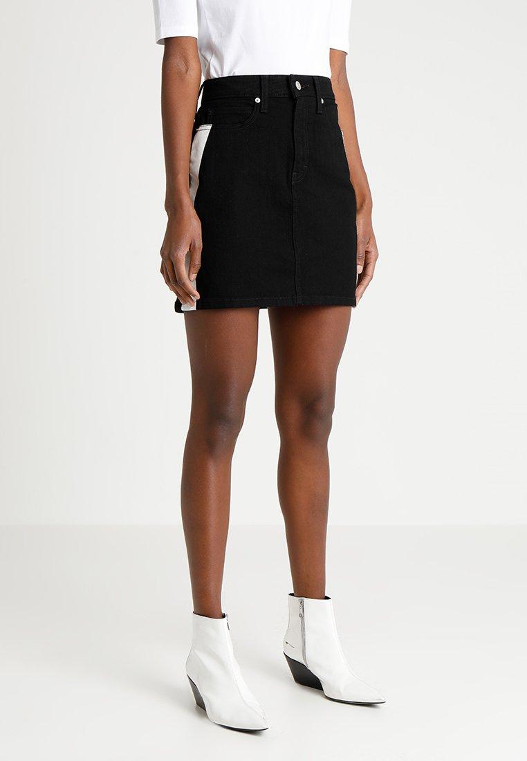 Calvin Klein Jeans - SKIRT - Denim skirt - black/white