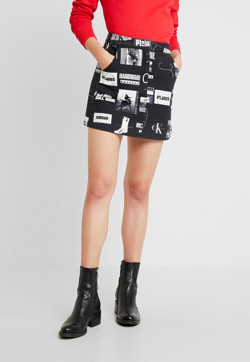 Calvin Klein Jeans - PUNK SKIRT - Jeanskjol - black