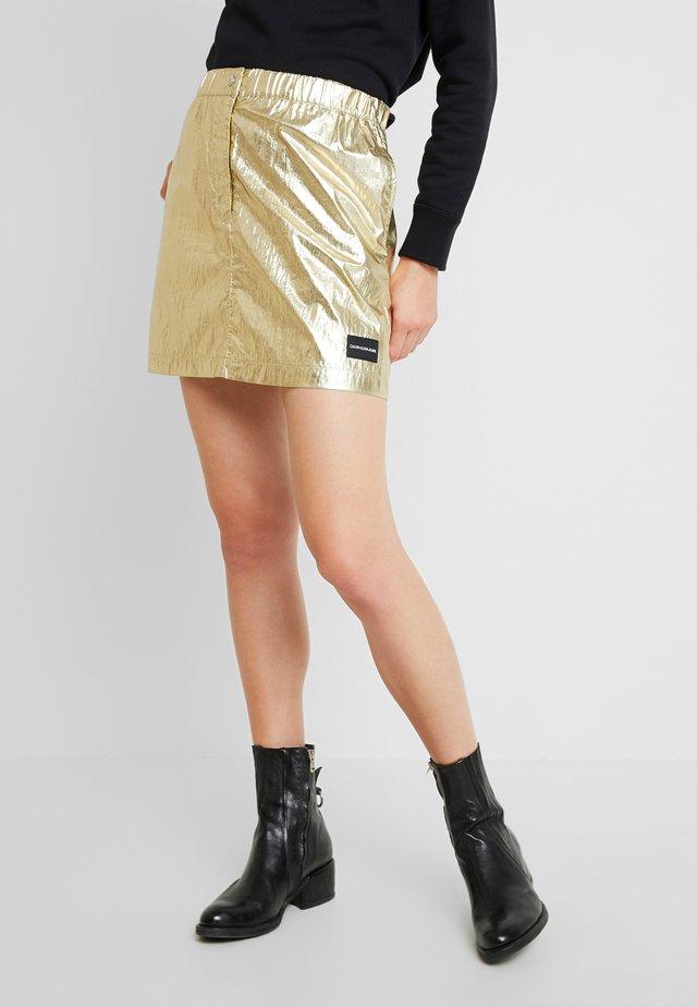 SKIRT - Spódnica trapezowa - gold