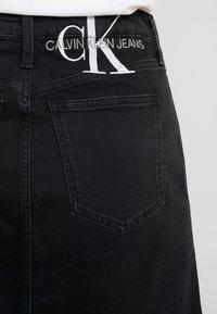 Calvin Klein Jeans - HIGH RISE MINI SKIRT - Áčková sukně - washed black - 3