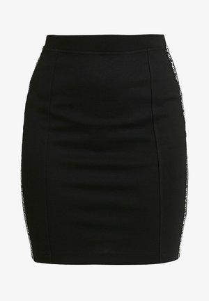 MILANO LOGO SKIRT - Pouzdrová sukně - black