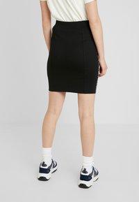 Calvin Klein Jeans - MILANO LOGO SKIRT - Jupe crayon - black - 2