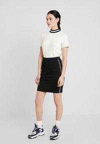Calvin Klein Jeans - MILANO LOGO SKIRT - Jupe crayon - black - 1