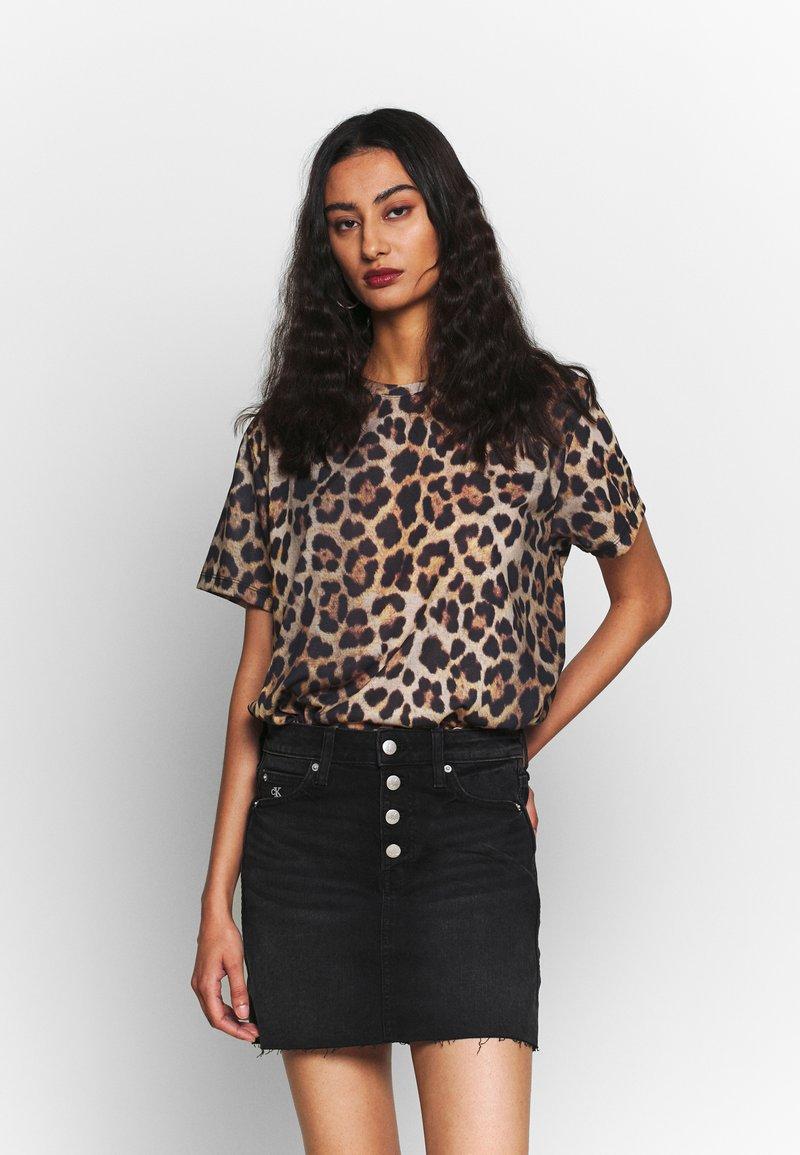 Calvin Klein Jeans - MID RISE MINI SKIRT - Gonna di jeans - black shank