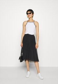 Calvin Klein Jeans - DOUBLE LAYER SKIRT - Jupe trapèze - black - 1