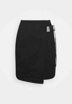 BUCKLE LOGO STRAP - Mini skirt - black