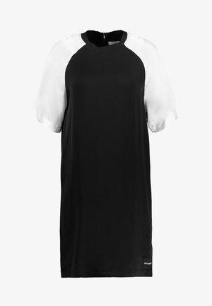 COLOR BLOCK DRESS - Korte jurk - black/white