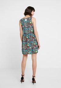 Calvin Klein Jeans - SLEEVELESS FLORAL DRESS - Robe d'été - multi-coloured - 3