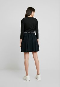 Calvin Klein Jeans - MID SLEEVE MILANO LOGO ELASTIC - Denní šaty - black - 3