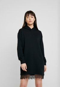 Calvin Klein Jeans - HOODED DRESS - Vestido informal - black - 0