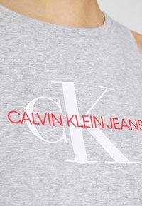 Calvin Klein Jeans - MONOGRAM TANK DRESS - Jerseykjole - light grey heather - 5