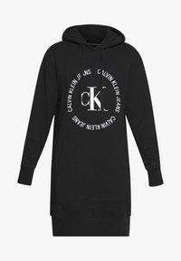 Calvin Klein Jeans - ROUND LOGO HOODED DRESS - Vestido informal - black - 3