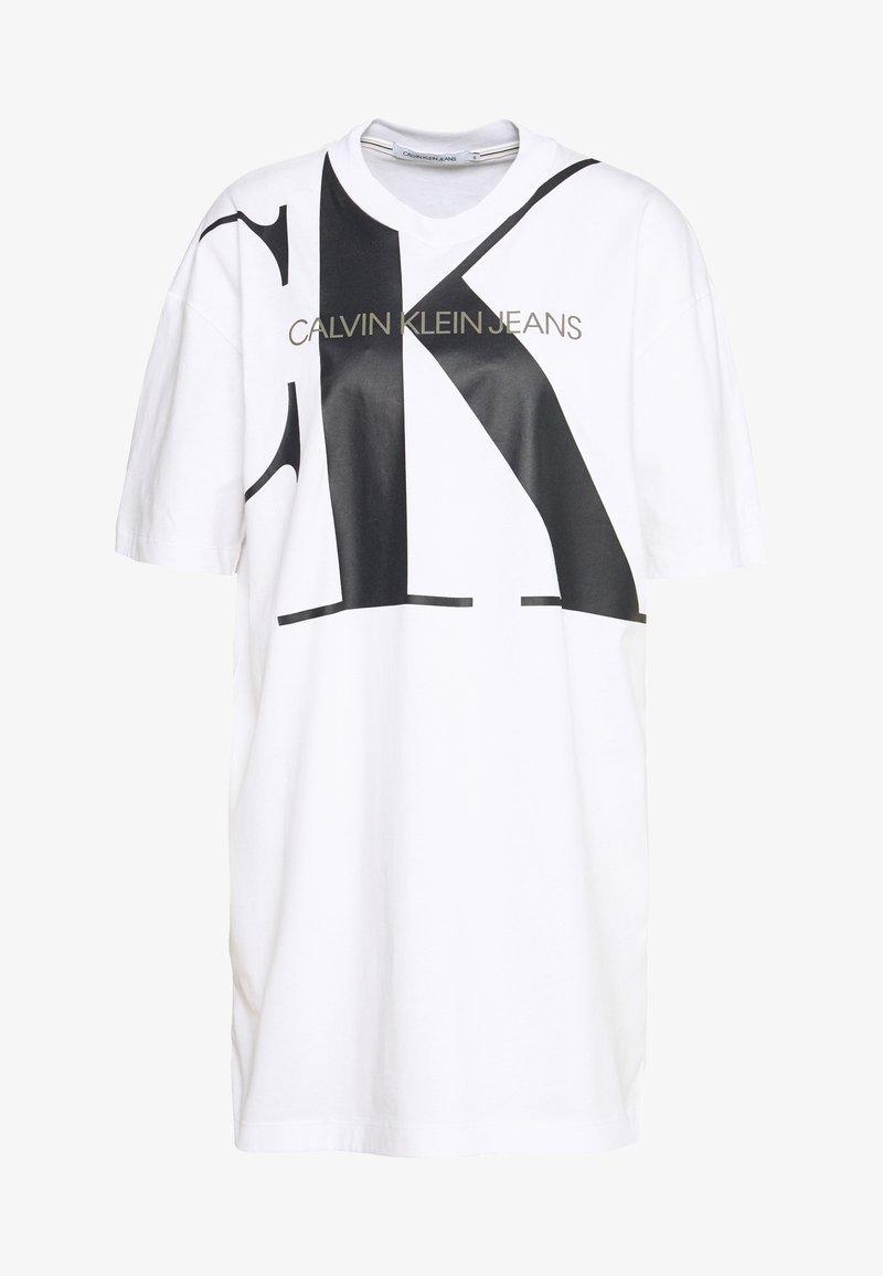 Calvin Klein Jeans - LARGE OVERSIZED DRESS - Žerzejové šaty - bright white