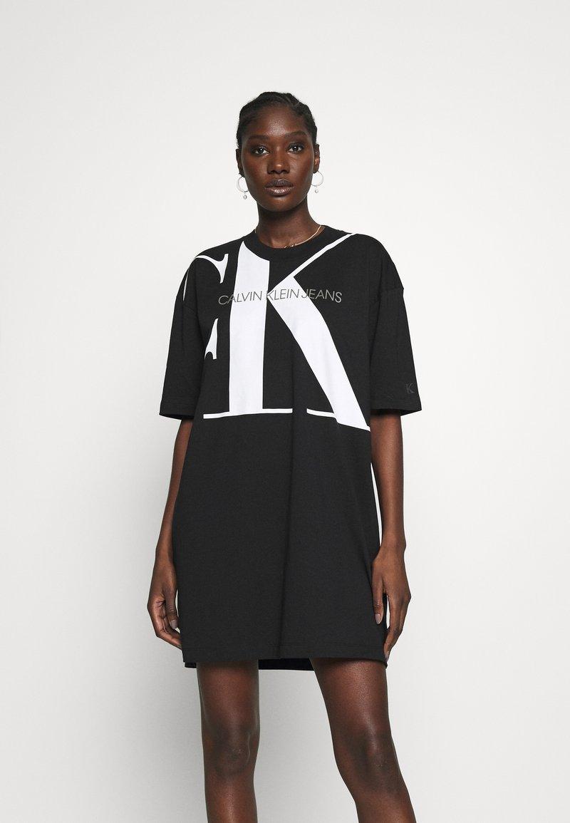Calvin Klein Jeans - LARGE OVERSIZED DRESS - Jersey dress - black