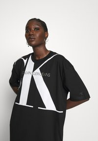 Calvin Klein Jeans - LARGE OVERSIZED DRESS - Jersey dress - black - 3