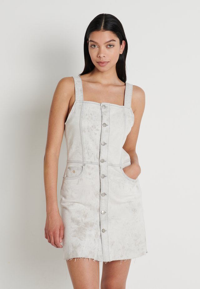 BUTTON DOWN TANK DRESS - Spijkerjurk - bleach grey