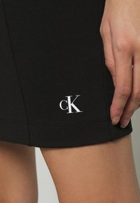 Calvin Klein Jeans - INSTITUTIONAL LOGO TUBE DRESS - Žerzejové šaty - ck black - 5