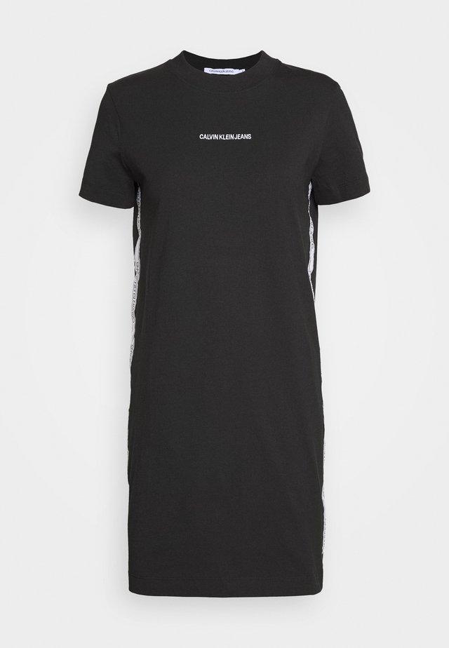 DRESS WITH TAPE - Pouzdrové šaty - black