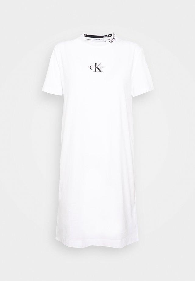 CENTER MONOGRAM DRESS - Jerseyjurk - bright white