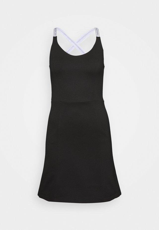 LOGO STRAPS MILANO DRESS - Jerseyjurk - black