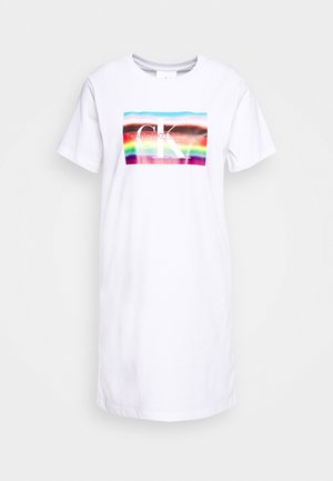 LARGE FLAG TEE DRESS - Vestido ligero - bright white