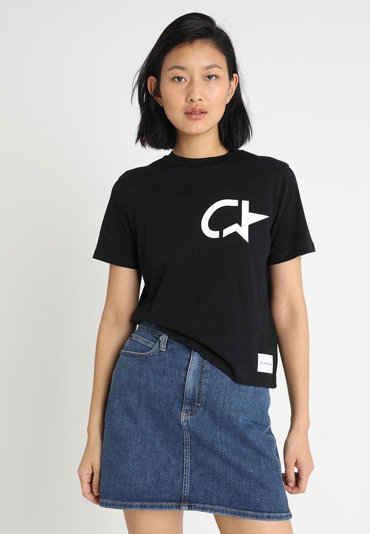 Calvin Klein Jeans - MODERNIST STAR STRAIGHT TEE - Print T-shirt - black