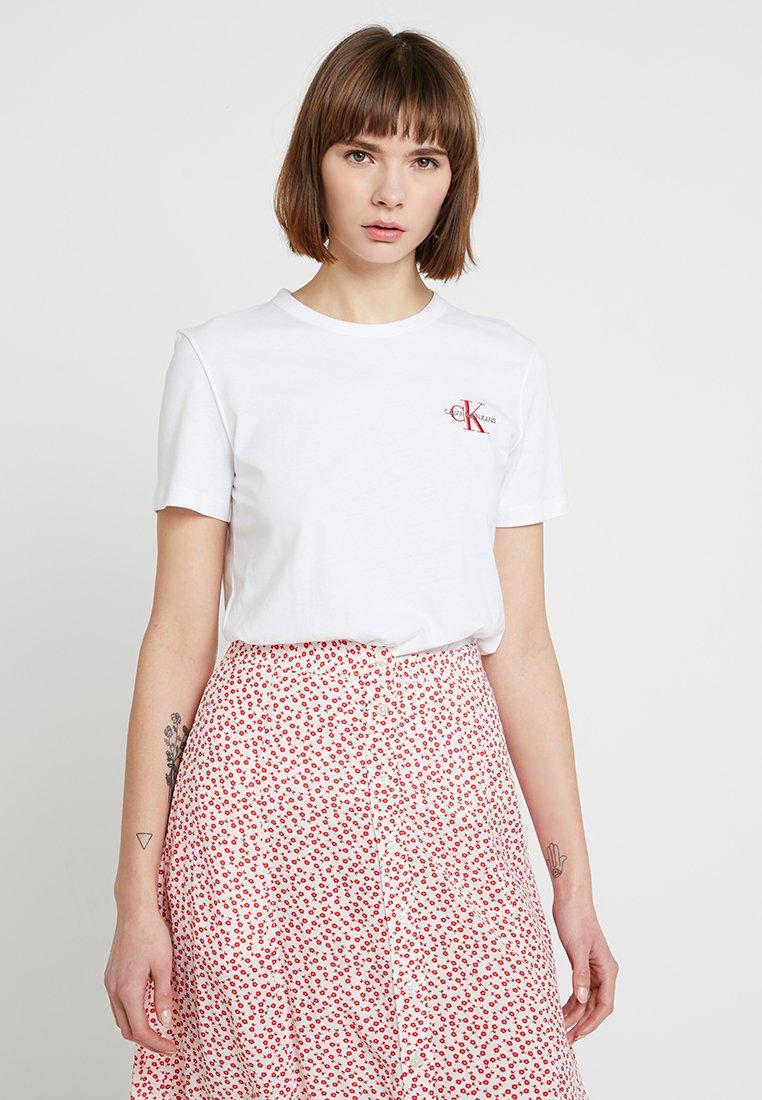 Calvin Klein Jeans - MONOGRAM STRAIGHT TEE - T-shirt print - bright white