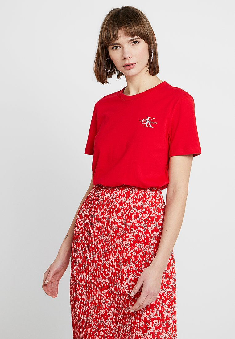 Calvin Klein Jeans - MONOGRAM STRAIGHT TEE - T-shirt con stampa - racing red