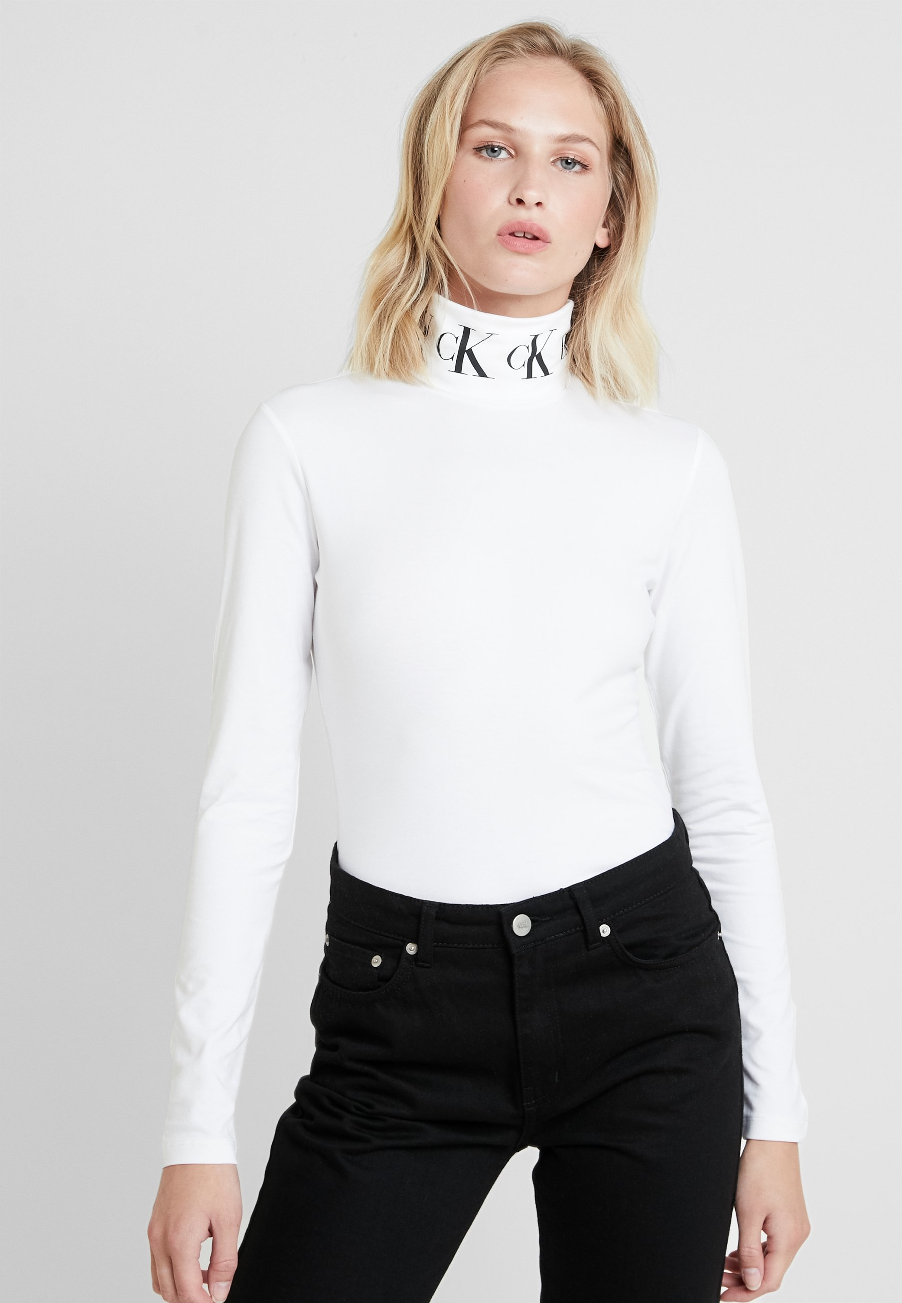 MONOGRAM manches Klein white shirt bright ROLL longues NECKT TAPE Calvin Jeans à 4LjA53R