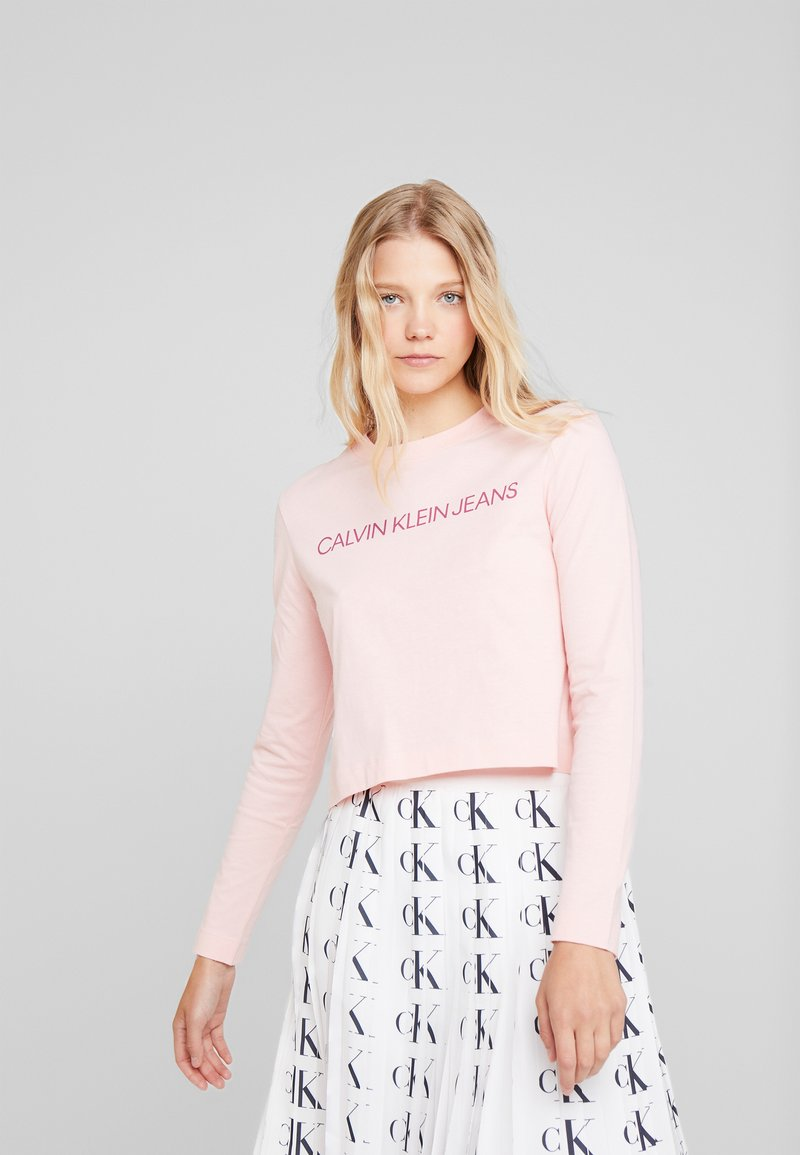 Calvin Klein Jeans - INSTITUTIONAL LOGO CROP - Long sleeved top - blossom