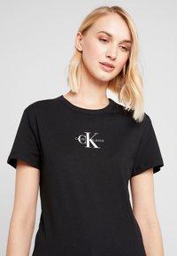 Calvin Klein Jeans - MONOGRAM SLIM RINGER TEE - Printtipaita - black - 4