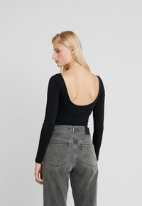 Calvin Klein Jeans - MIRRORED MONOGRAM BODY - Top sdlouhým rukávem - black - 2