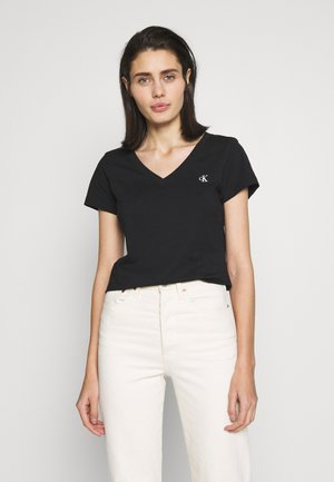 EMBROIDERY V NECK - T-shirts - black