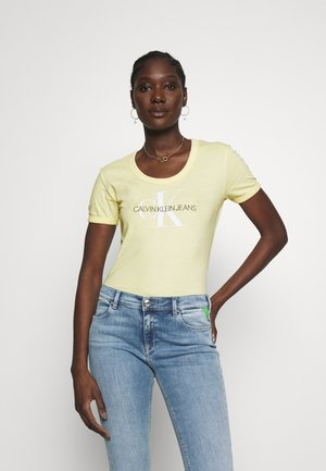 VEGETABLE DYE MONOGRAM BABY TEE - T-shirt z nadrukiem - mimosa yellow