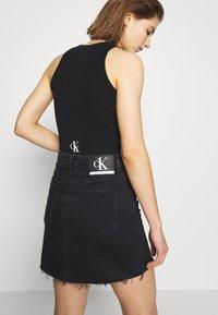 Calvin Klein Jeans - CK ONE RIB BODY - Top - black beauty - 2