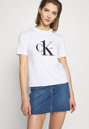 CK ONE LOGO MODERN STRAIGHT TEE - Triko spotiskem - bright white