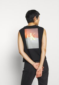 Calvin Klein Jeans - PHOTO PRINT STRAIGHT - Top - black - 2