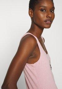 Calvin Klein Jeans - Top - brandied apricot - 3
