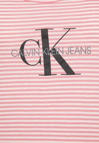 Calvin Klein Jeans - Top - brandied apricot - 6