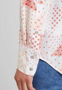 Calvin Klein Jeans - PATCHWORK PRINT WESTERN - Hemdbluse - orange/mint - 5
