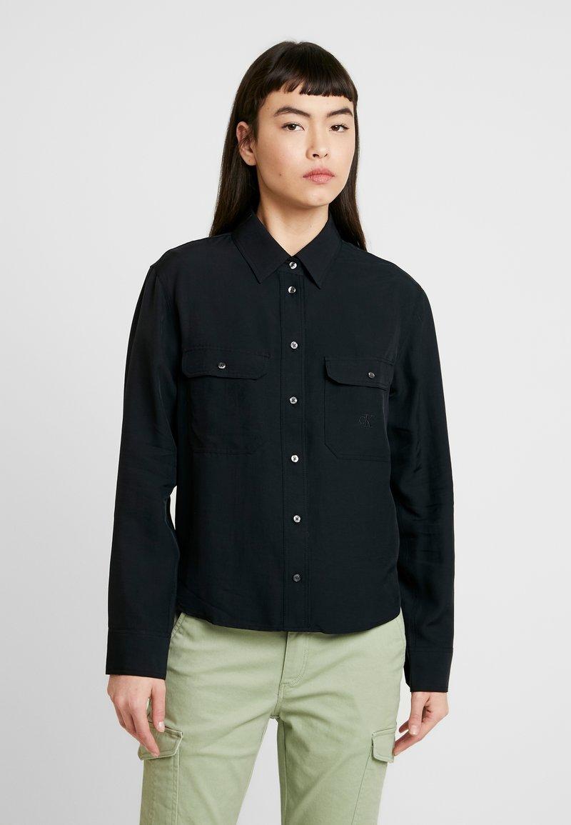 Calvin Klein Jeans - DRAPEY UTILITY SHIRT - Button-down blouse - ck black