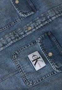 Calvin Klein Jeans - ARCHIVE LEAN - Chemisier - light blue - 2