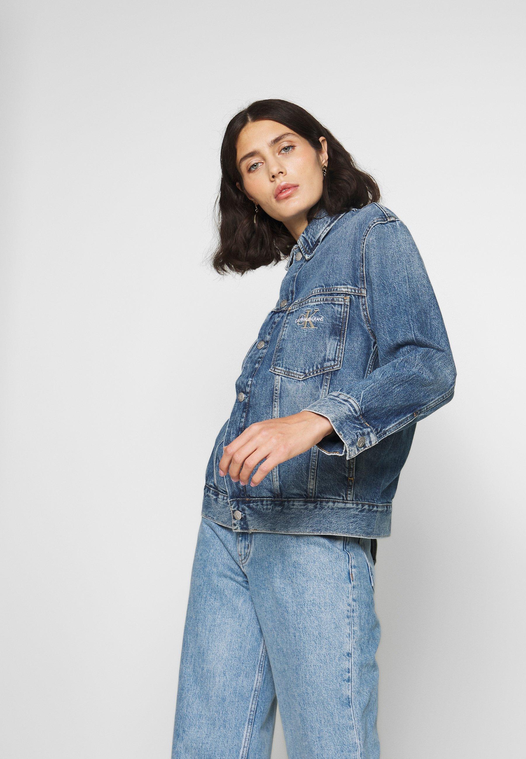 Calvin Klein Jeans ICONIC OVERSIZED TRUCKER - Jeansjakke - mid blue