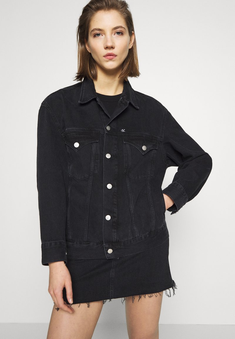 Calvin Klein Jeans - CK ONE OVERSIZED FOUNDATION - Giacca di jeans - black stone