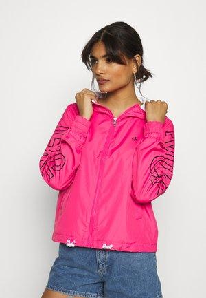 STATEMENT LOGO - Summer jacket - raspberry sorbet