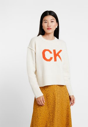 SWEATER - Stickad tröja - egret/orangeade
