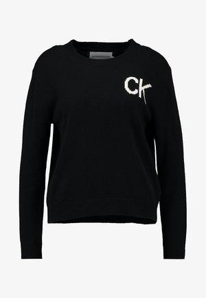 INTARSIA LOGO SWEATER - Stickad tröja - ck black/bright white