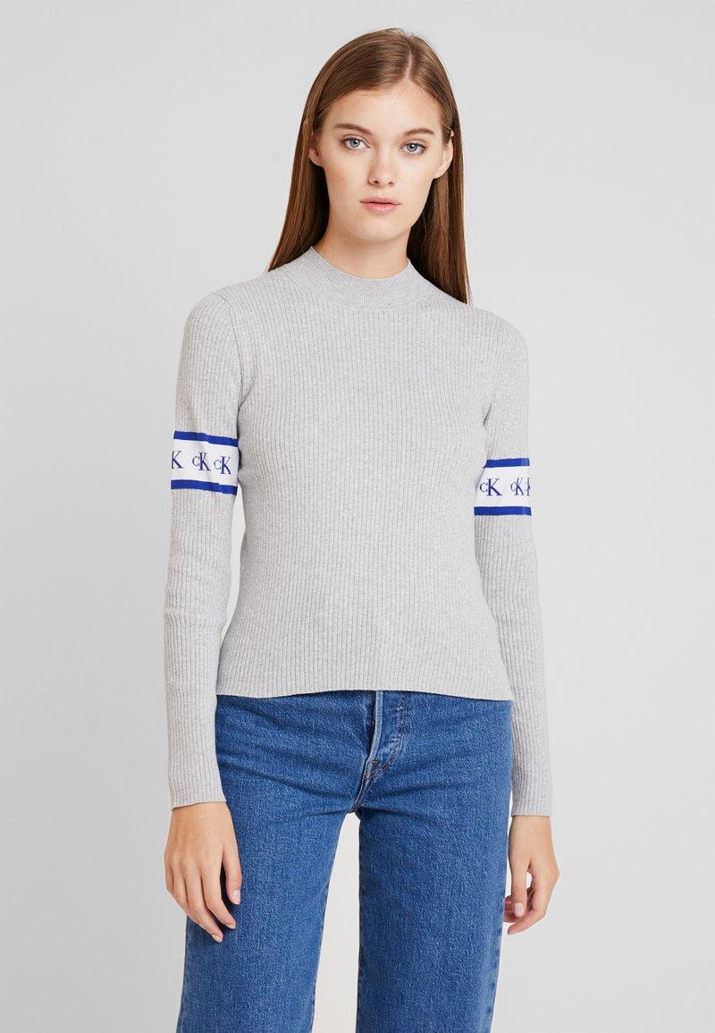 Calvin Klein Jeans - MONOGRAM TAPE - Maglione - light grey heather