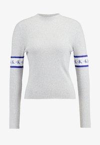Calvin Klein Jeans - MONOGRAM TAPE - Maglione - light grey heather - 4