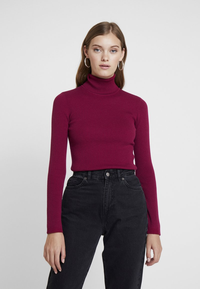 Calvin Klein Jeans - ICONIC TURTLE NECK - Jumper - beet red